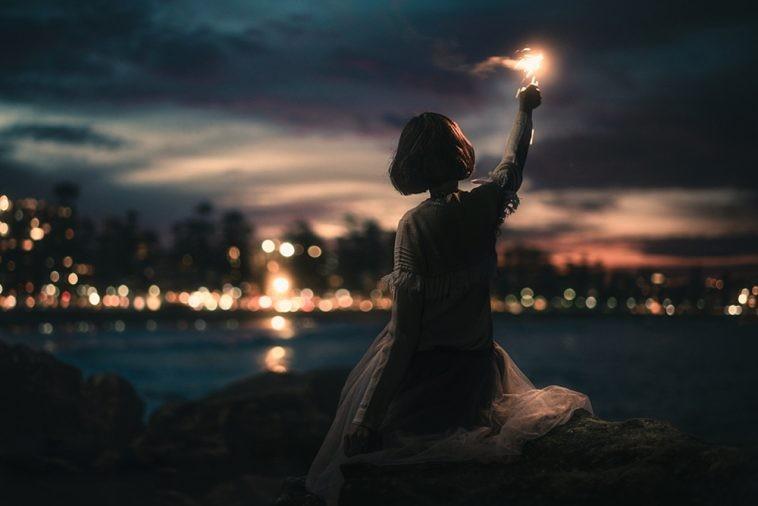 Lời bài hát Tình Yêu Cao Thượng [Phạm Quỳnh Anh] [Lyrics Kèm Hợp Âm]