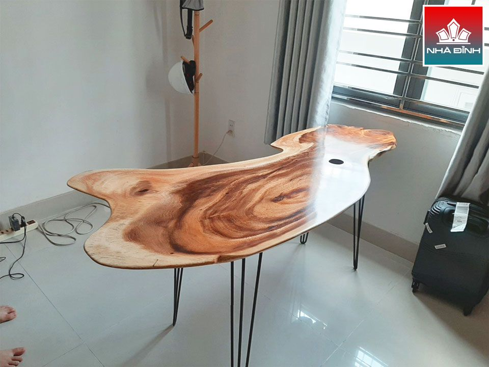 Thiết kế bàn làm việc gỗ Me Tây