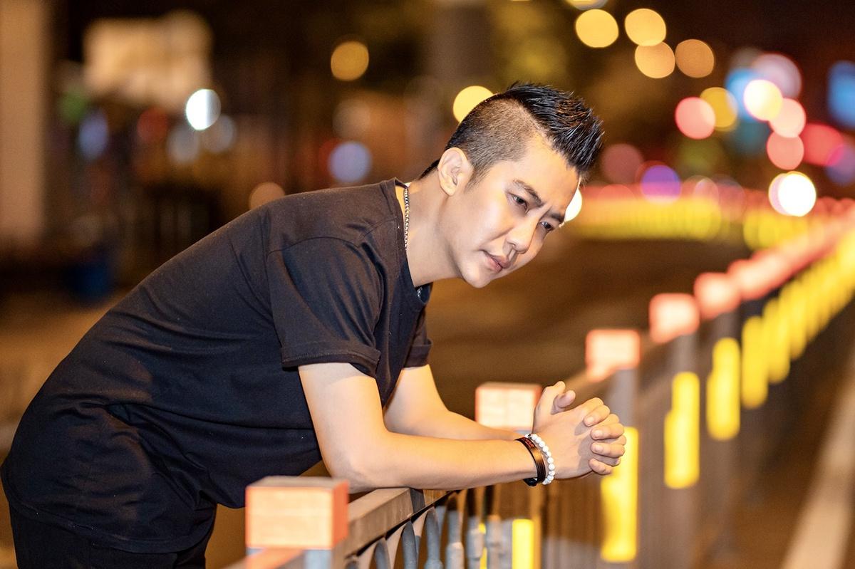Tin mới: Hoàng Rapper làm vợ giận vì MV 'Thằng say'