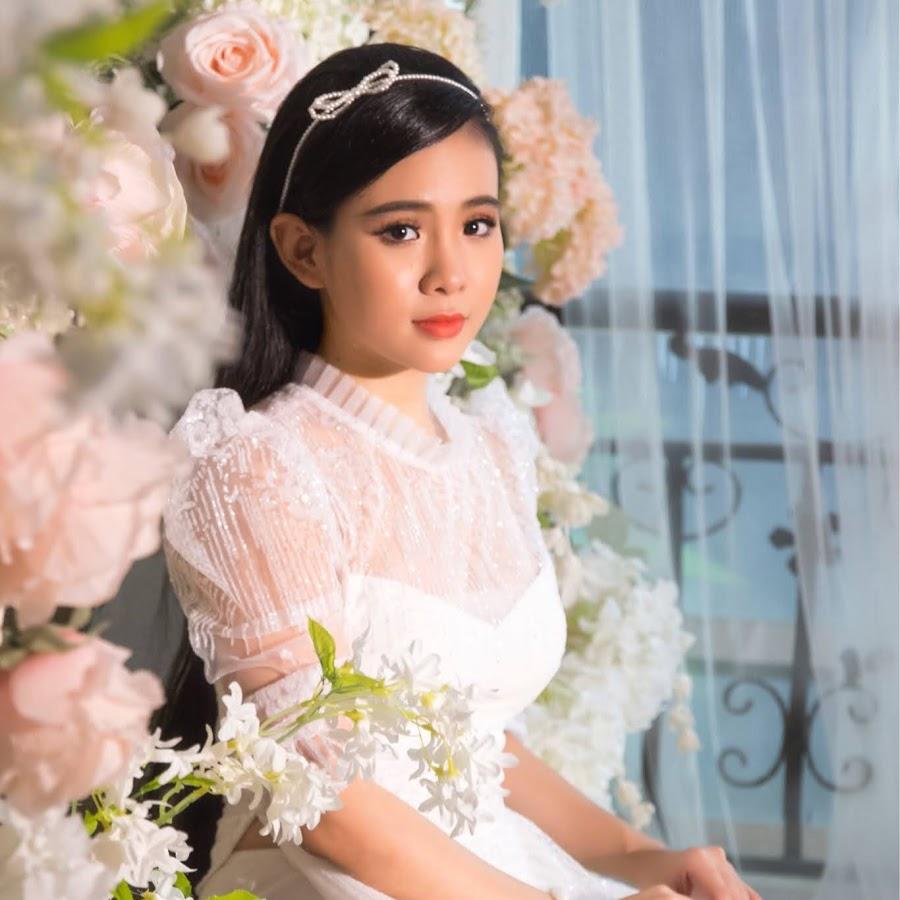 Quỳnh Trang Official - YouTube